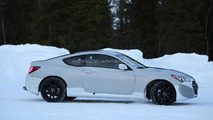 2016 Hyundai Genesis Coupe mule spied in Scandinavia