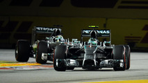 Mercedes 'can throw championship away' - Marko