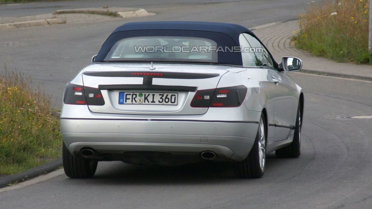 2011 Mercedes-Benz E-Class Cabrio spy photo