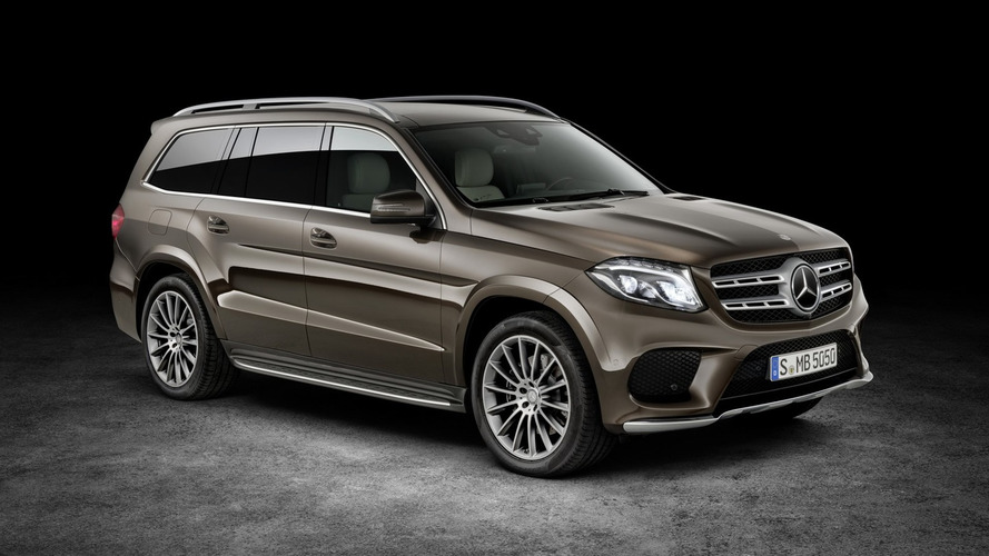 Mercedes-Benz GLS stars in seven presentation videos