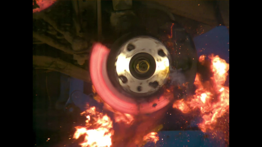 Crazy Finn makes brake disk explode for our enjoyment