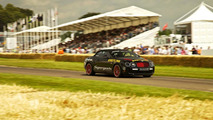 Bentley Continental SuperSports storms Goodwood