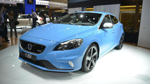 2013 Volvo V40 R-Design live in Paris 28.9.2012