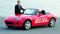 Mazda Builds 800,000th Roadster