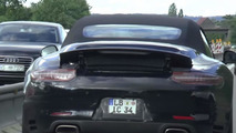 2016 Porsche 911 Carrera Cabriolet facelift spied from behind [video]