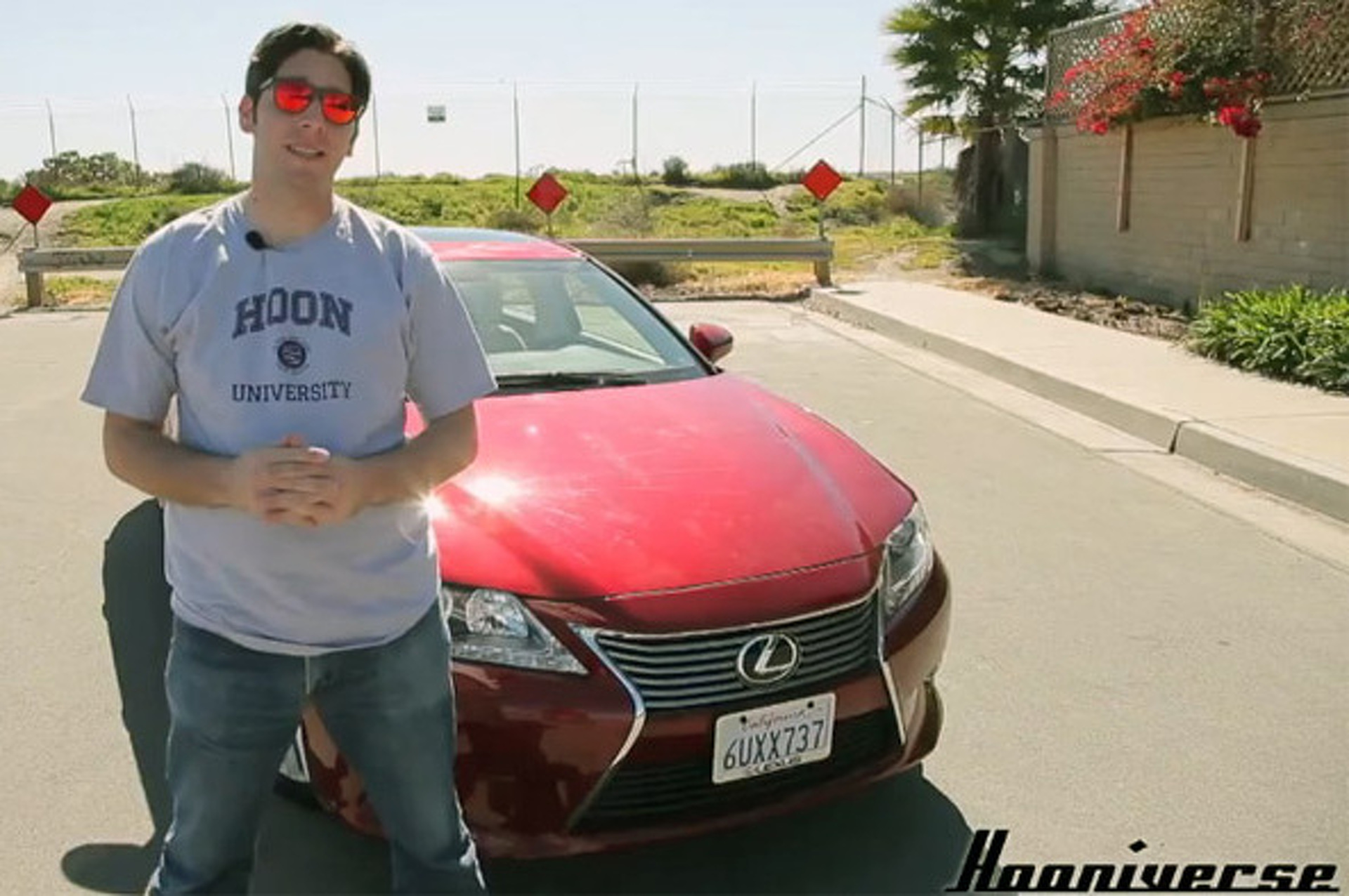 Video: Hooniverse Reviews the Lexus ES 350