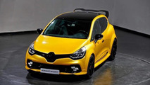 Renault shows off hardcore Clio RS
