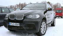 BMW X5 4.8 IS spied with bigger air dams