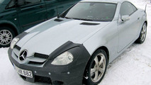 SPY PHOTOS: Mercedes SLK Facelift
