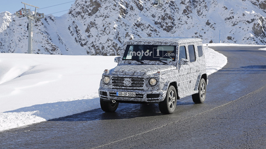 2018 Mercedes G-Class spy shots are wallpaper material