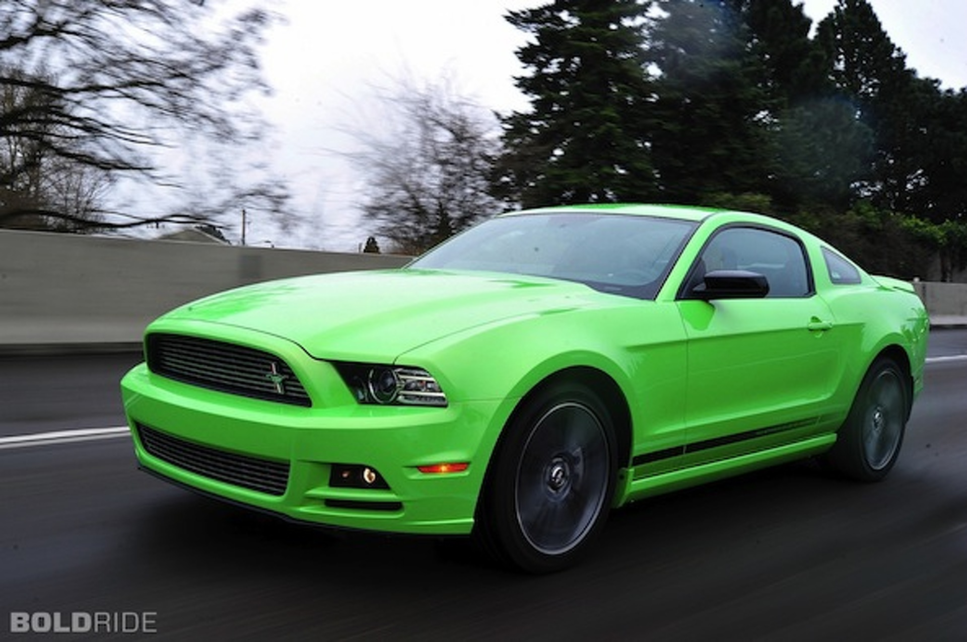 ford confirms 300hp 4 cylinder mustang for 2015. Black Bedroom Furniture Sets. Home Design Ideas