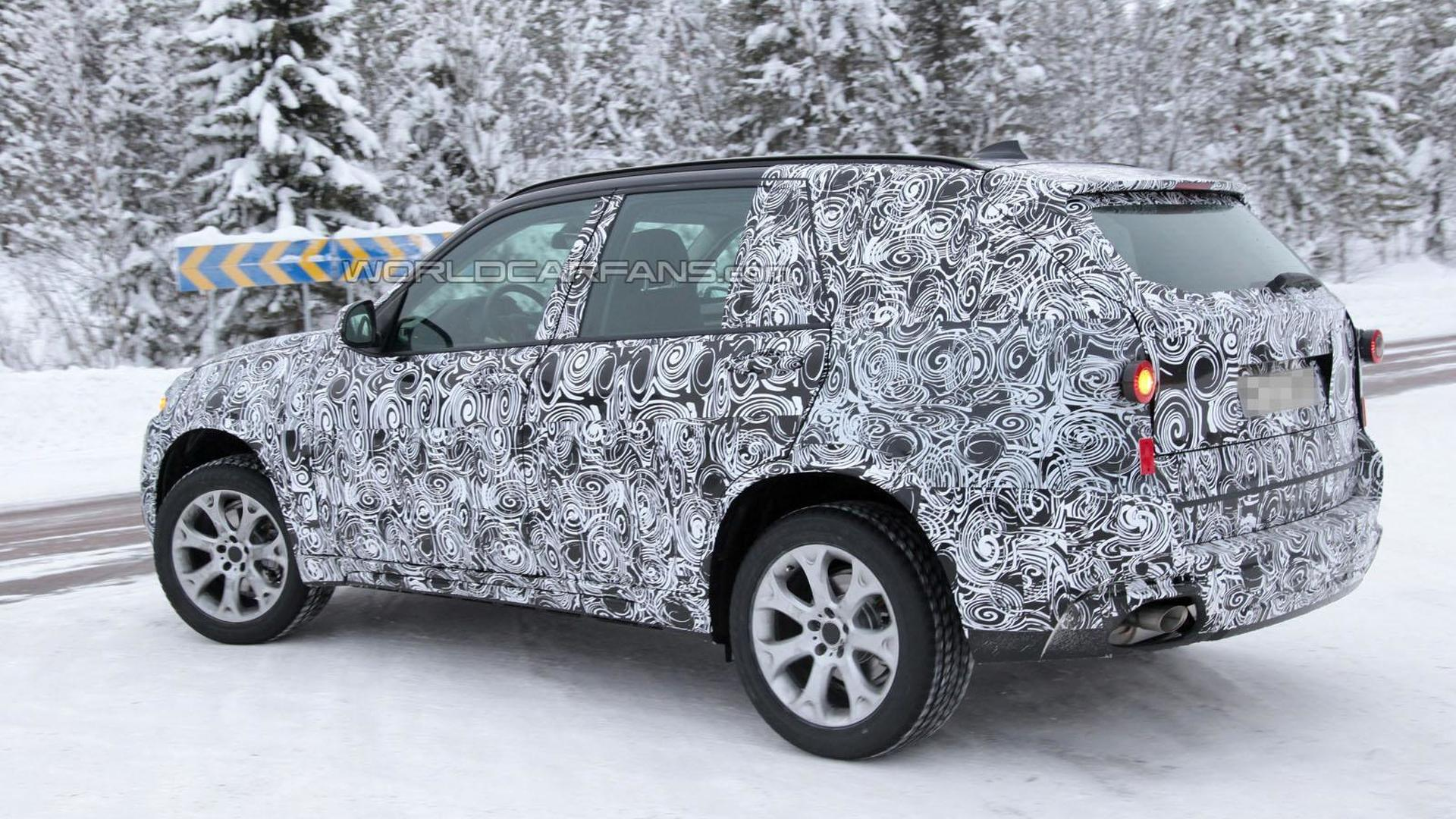 2014 BMW X5 spied in a winter wonderland