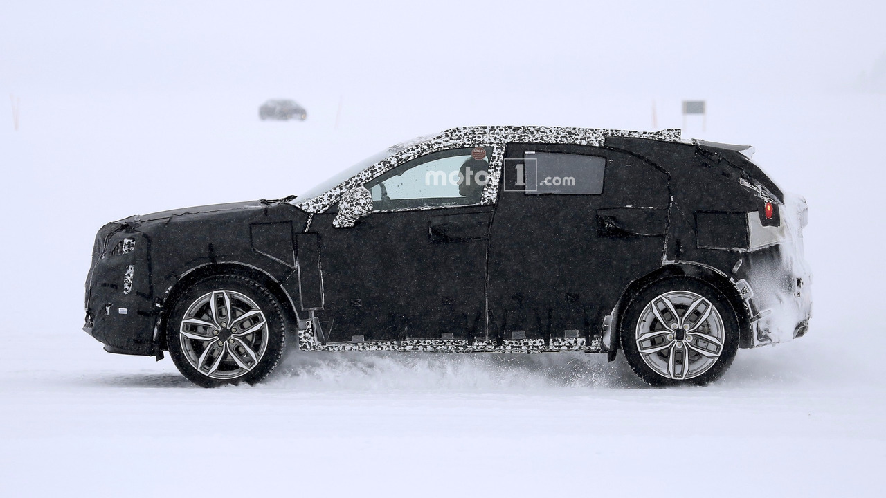 Based on the measures of the current malibu and the new insignia regal the wheelbase of the xt4 should be located around 111 4 inches
