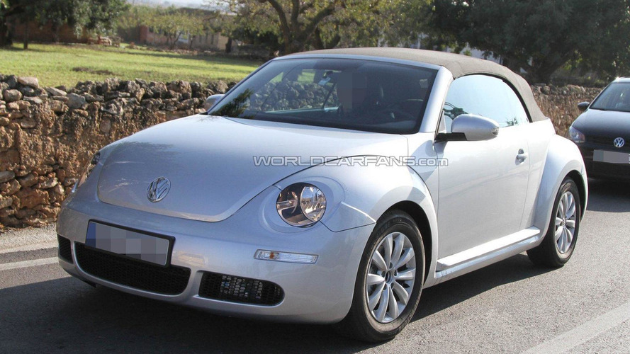 New Volkswagen Beetle Convertible to launch early 2013