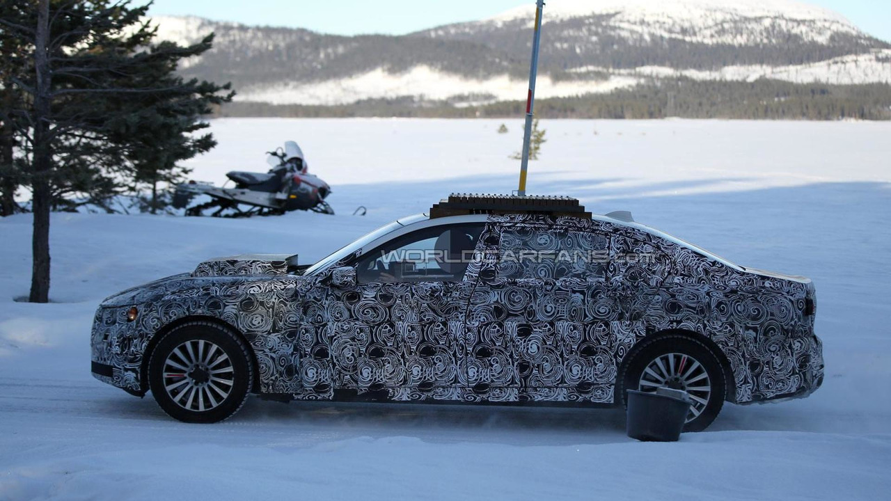 BMW X7 / 7-Series High Security spy photo