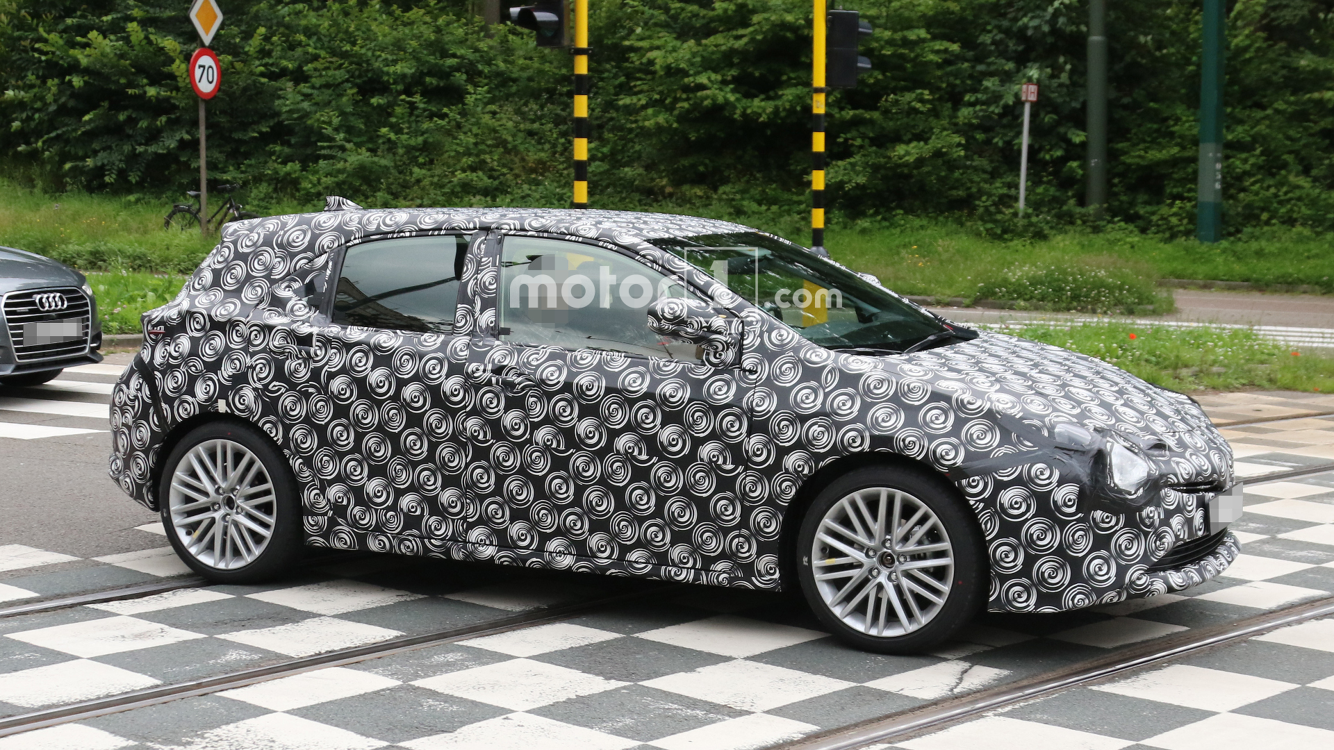 Next-gen Toyota Auris spied for the first time