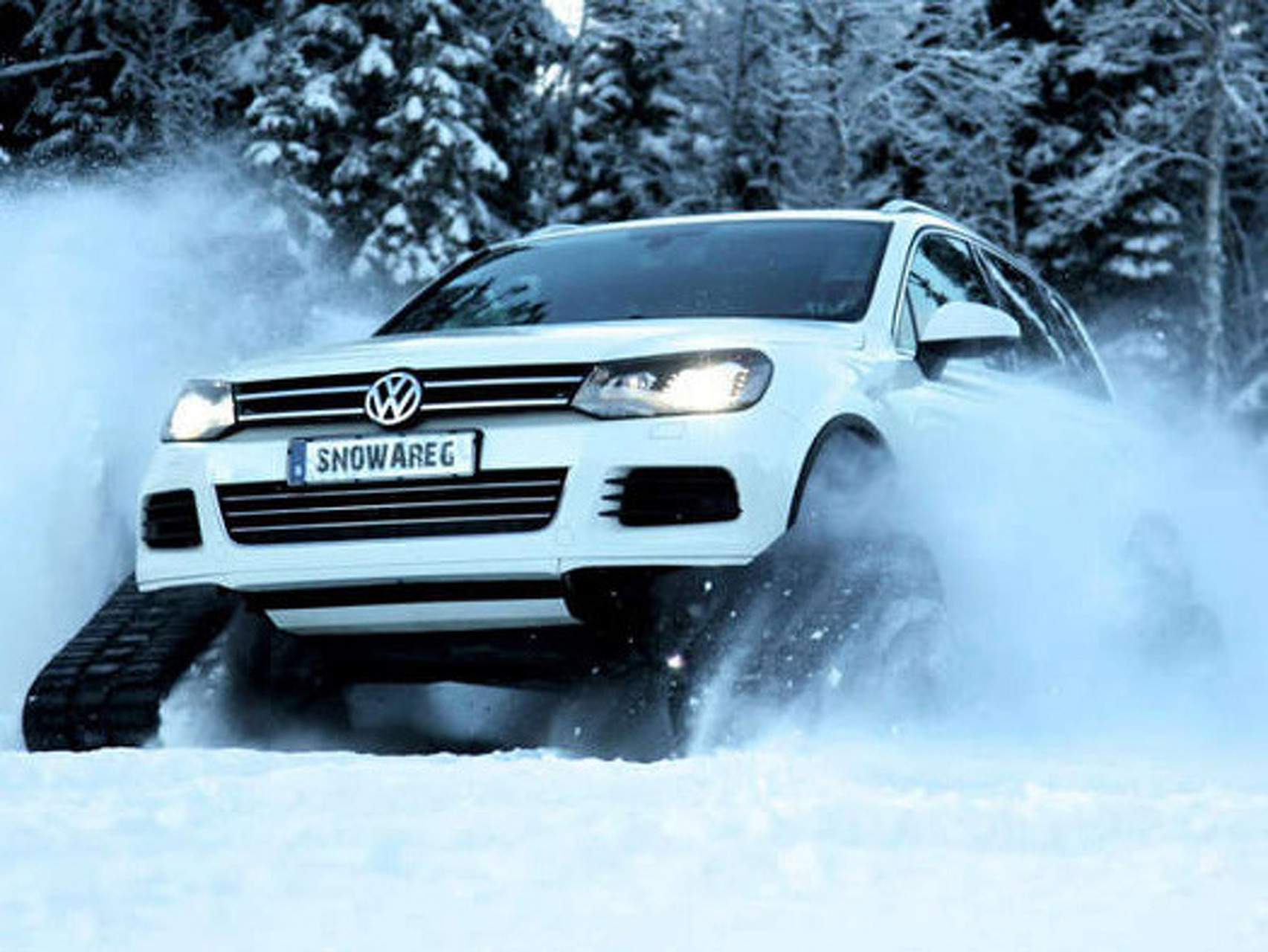 Volkswagen Snowareg: Sweden's Wild New Snow Machine
