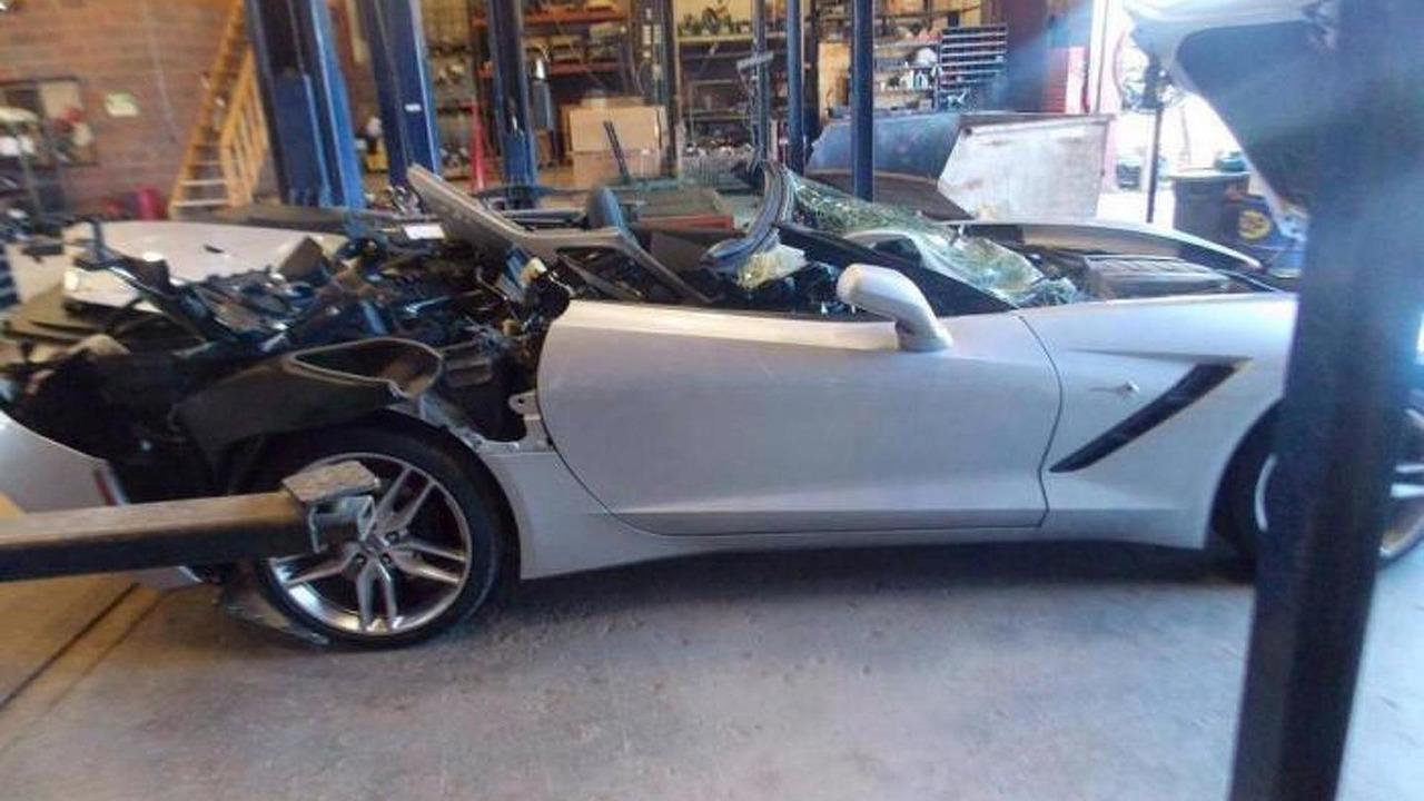 2014 Corvette Stingray crash 15.10.2013