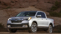 2017 Honda Ridgeline gets in-bed audio system and conventional design