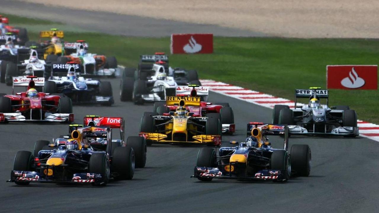 Start of the race, Sebastian Vettel (GER), Red Bull Racing and Mark Webber (AUS), Red Bull Racing, British Grand Prix, Sunday Race, 11.07.2010 Silverstone, England