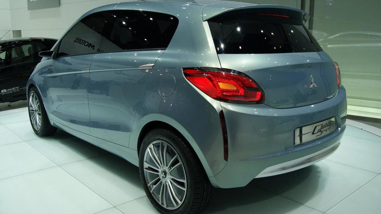 Mitsubishi e-compact Concept Global Small live in Geneva - 01.03.2011