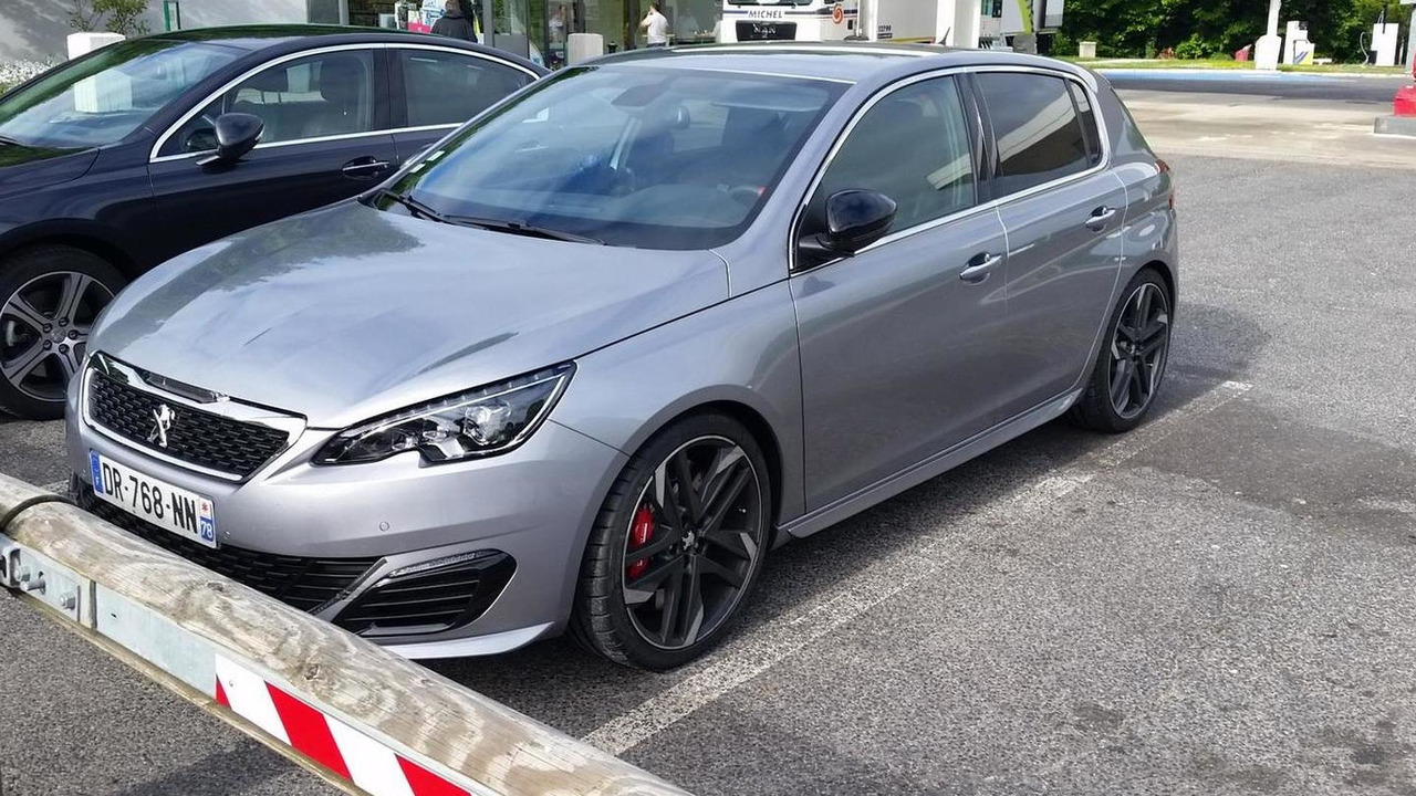 Peugeot 308 GTI (not confirmed) spy photo