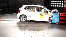 Volkswagen Polo with dual airbags