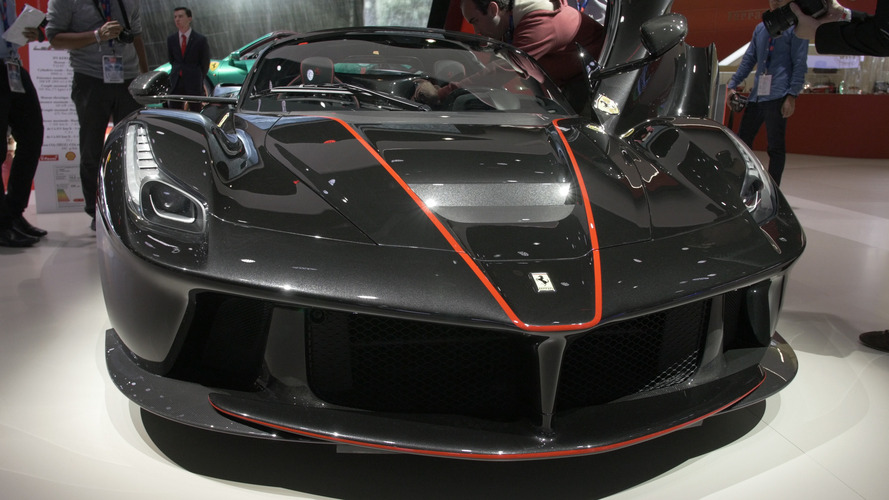 Video: LaFerrari Aperta at the 2016 Paris Motor Show