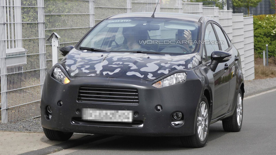 Ford Fiesta sedan facelift spied