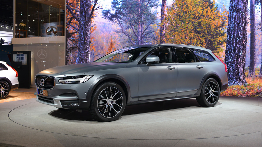 2017 Volvo V90 Cross Country: LA 2016