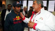 Mallya to test Chandhok in F1 simulator