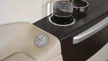 Design detail armrest: Highest design quality in the cabin, BMW Group DesignworksUSA, 20.04.2010
