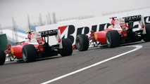 Massa unhappy with Alonso after pit entry clash