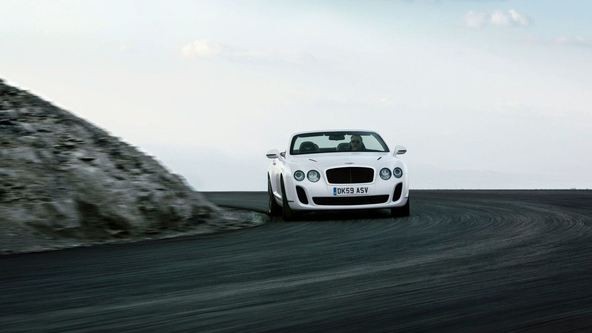 Bentley Continental Supersports Convertible Unveiled [Video]