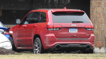 Jeep Grand Cherokee Trackhawk spied with a new front fascia