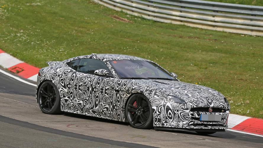 2017 Jaguar F-Type spy photos