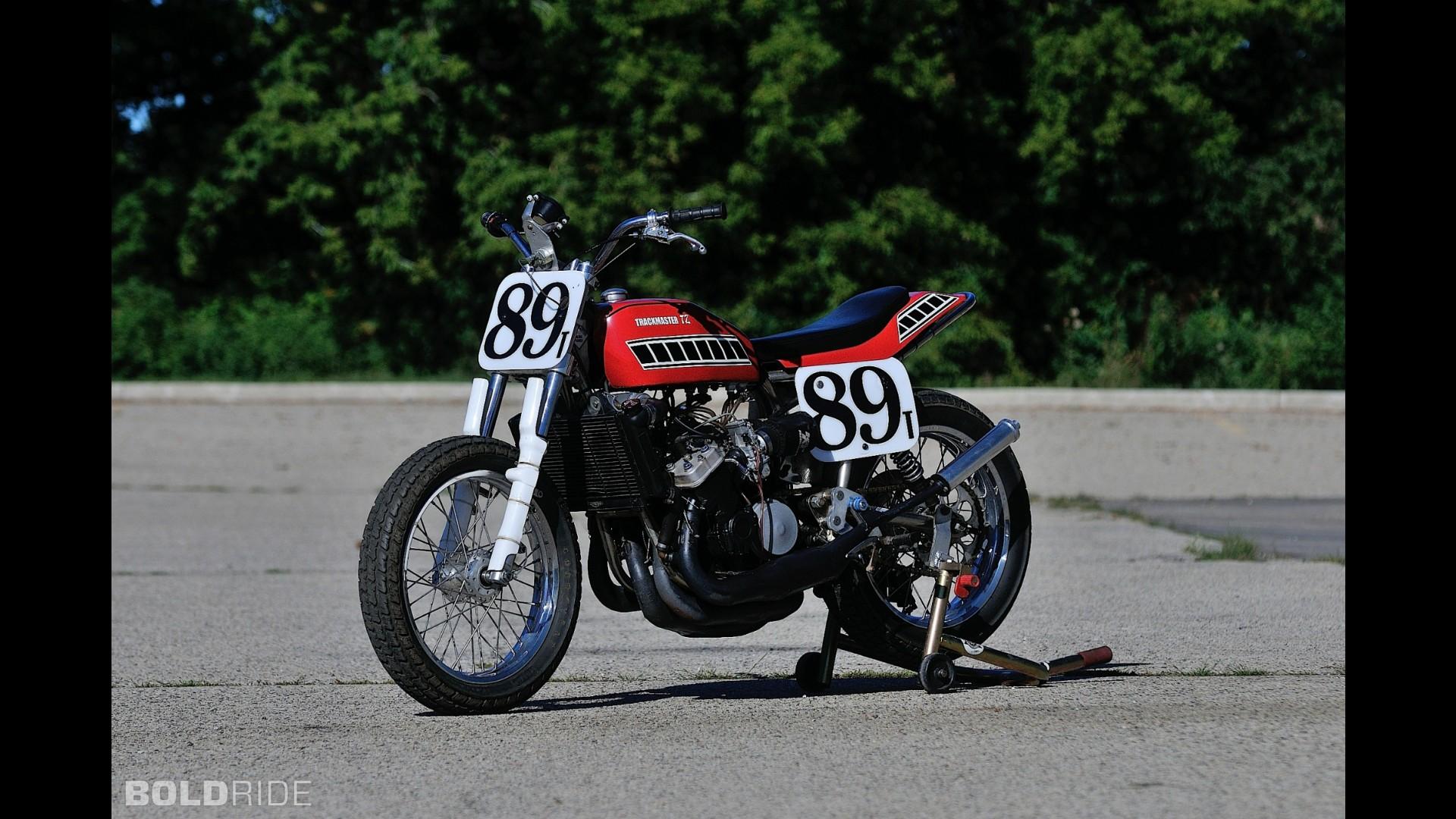 Yamaha TZ 7050