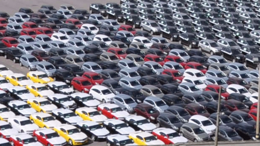 Anfavea - Produção de veículos cresceu 22,4% em novembro