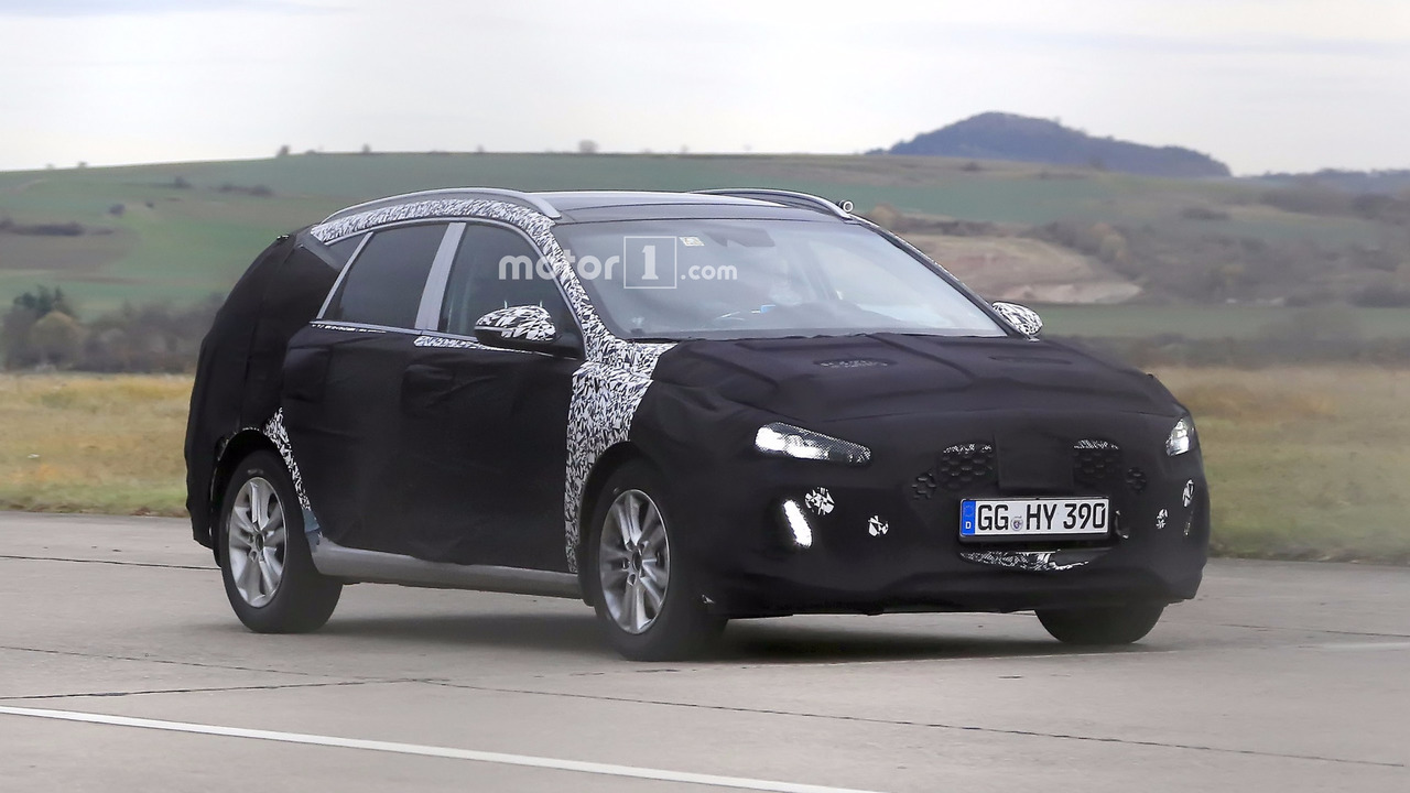 2017 hyundai i30 wagon debuts on spy camera. Black Bedroom Furniture Sets. Home Design Ideas