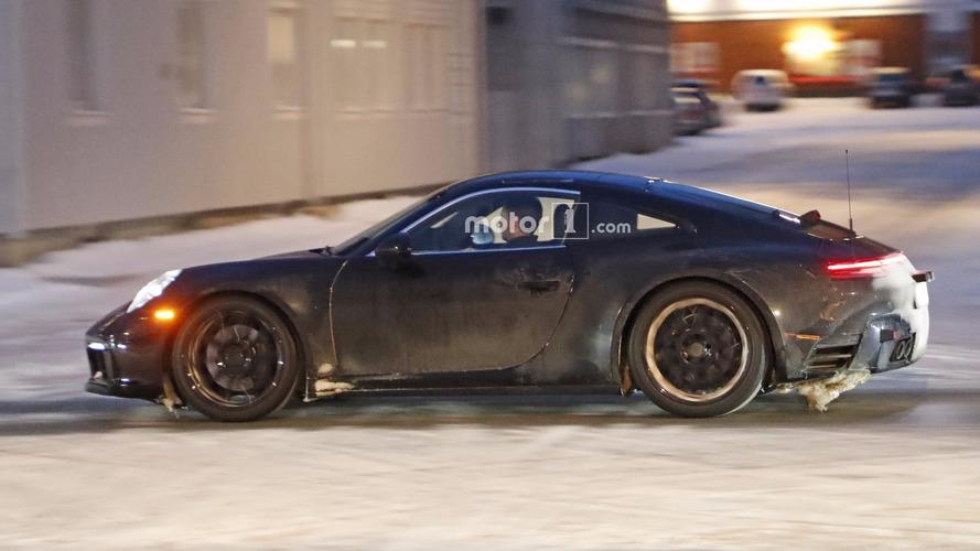 2019 Porsche 911 spy shots