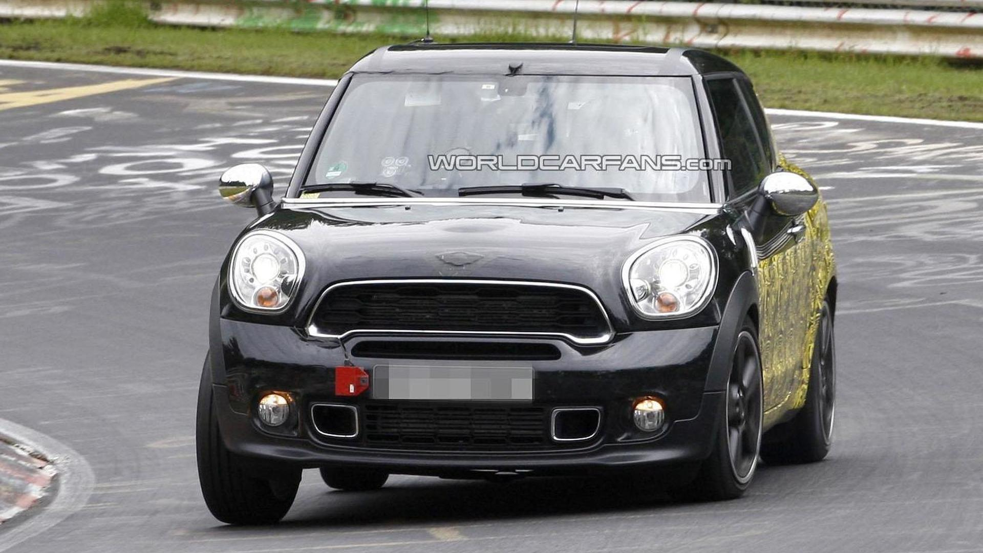 MINI Paceman spy video