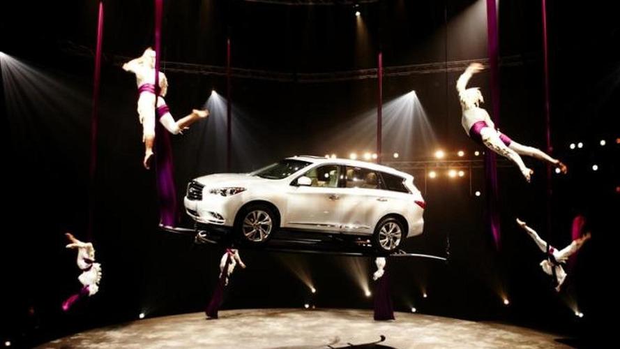 Infiniti JX in Cirque du Soleil performance [video]
