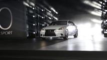 2014 Lexus IS live in Detroit 15.01.2013