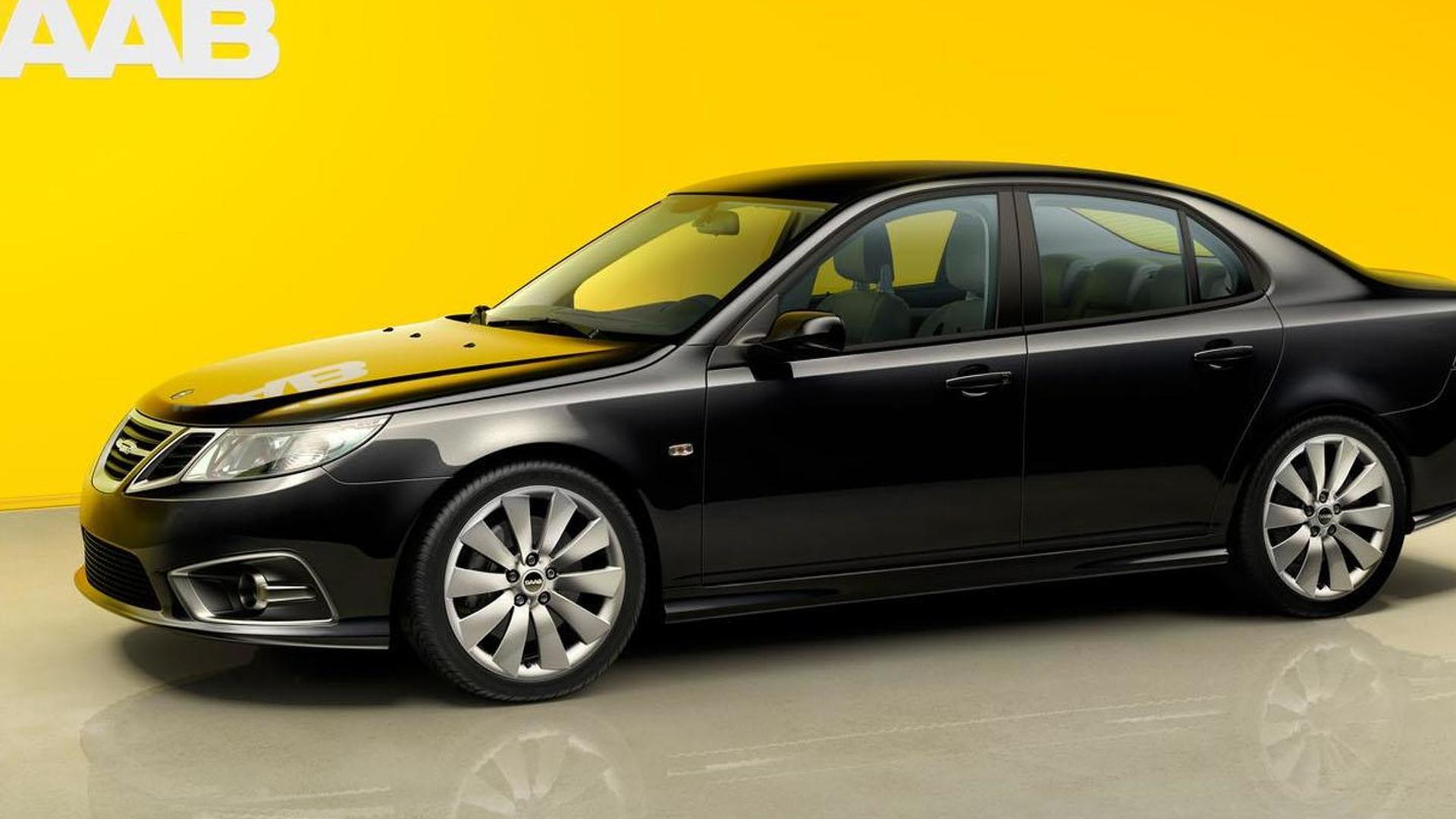 Saab halts production due to cash flow problems, announces two pending partnerships