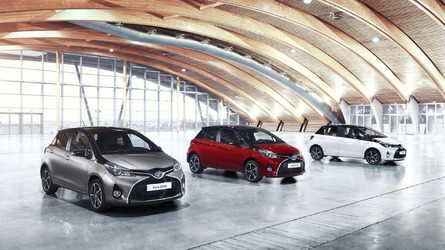 2016 Toyota Yaris unveiled with a new Bi-Tone variant