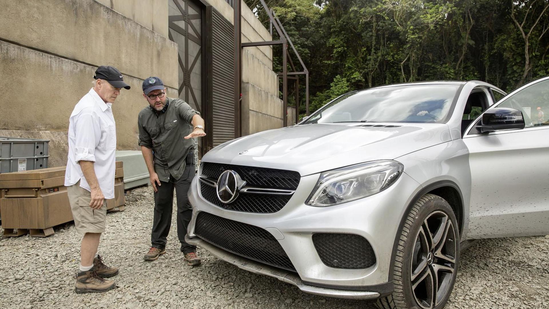 Mercedes GLE Coupe to star in Jurassic World [video]