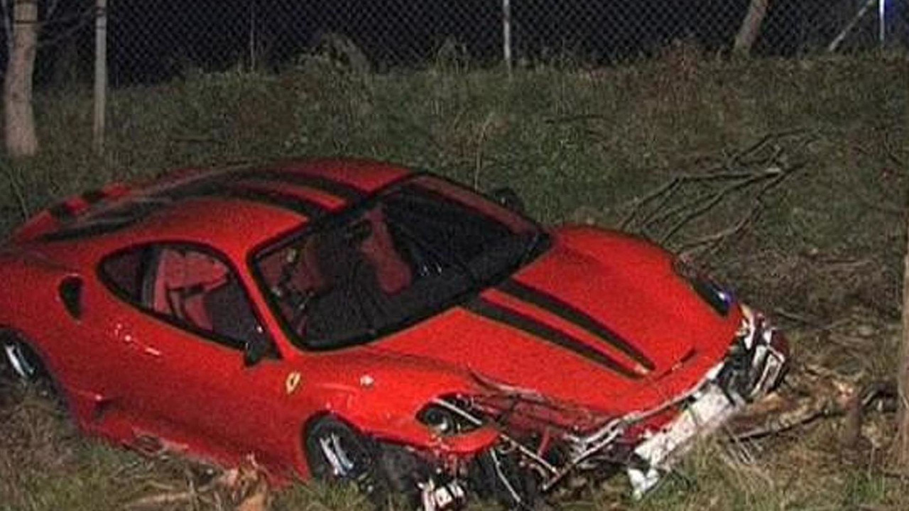 Ferrari 430 Scuderia crashed in Australia