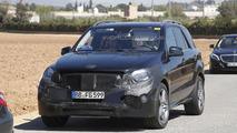 2015 Mercedes-Benz ML 63 AMG facelift spy photo