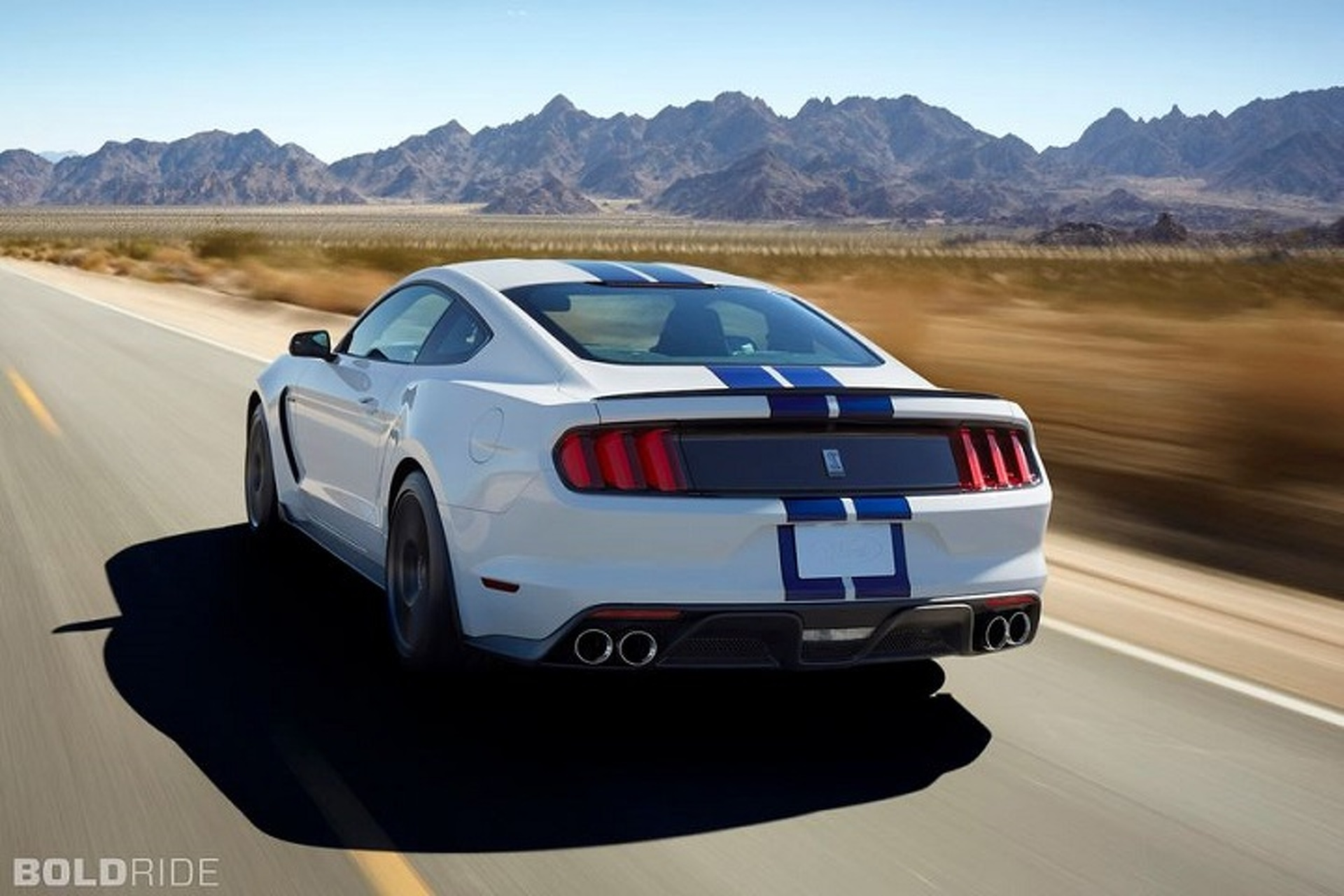 A More Hardcore Mustang Shelby GT350 is Headed to Detroit