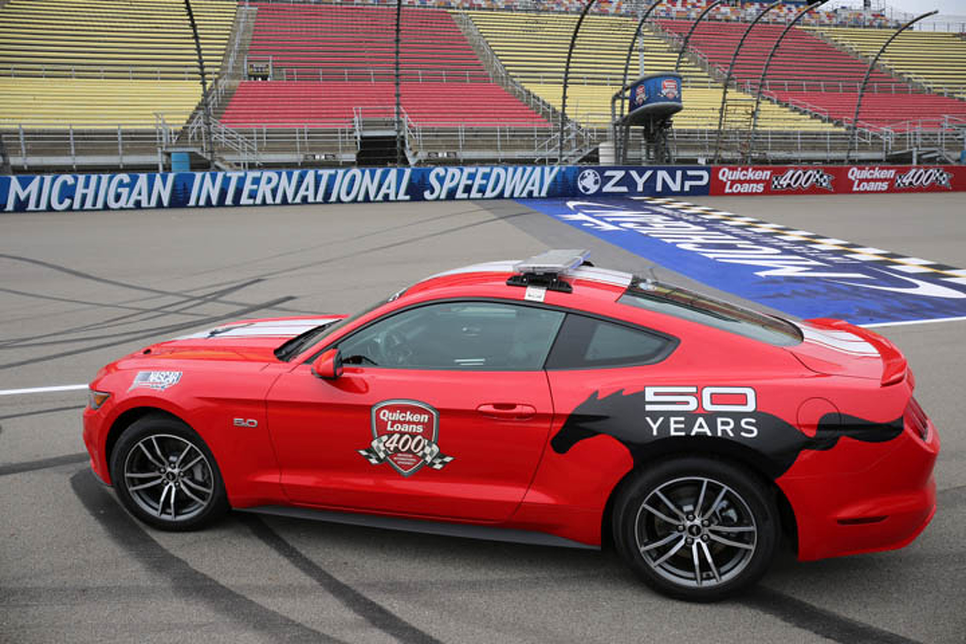 2015 Ford Mustang Sets the Pace NASCAR Style